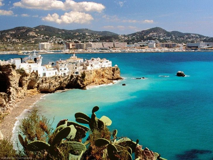 Ibiza, Spain? Yes, I would love to live on this paradise island surrounded by beaches and ocean and crystal clear water!