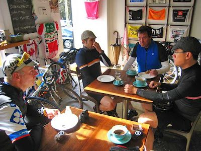 CYCLING ART BLOG: FRFuggitivi Escapes to Musette Cafe & Happy Birthday Pepe!