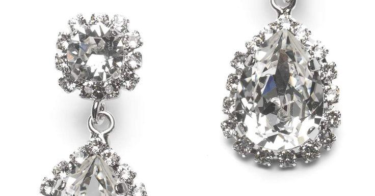 Swarovski Oorbel , een van onze prachtige en unieke sieraden - Bestel online voor €89,00 ✓ Geen verzendkosten boven €75,- ✓ Binnen 3 werkdagen verzonden