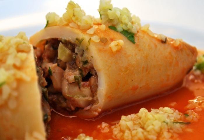 Seafood Recipes : Chorizo stuffed squid/Lulas recheadas