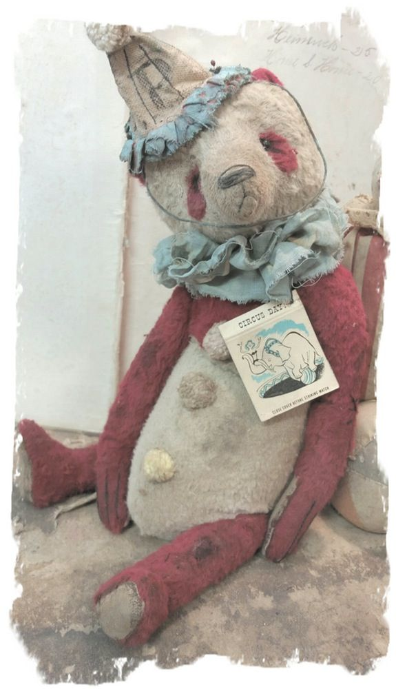 "Image of CIRCUS DAY * RARE RED & CREAM Antique Style 11"" Old Clown PANDA Bear * By Whendi's Bears"