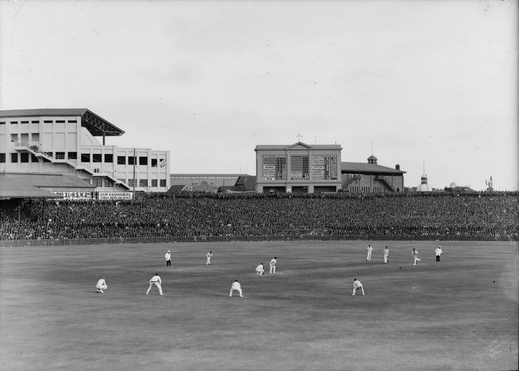 1st Test, Australia v England, 1924-25 season. S.T. Leigh & Company Collection, Mitchell Library, State Library of New South Wales: http://www.acmssearch.sl.nsw.gov.au/search/itemDetailPaged.cgi?itemID=421268