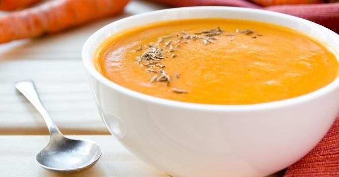 Recette de Soupe carotte et lait de coco minceur au Thermomix©. Facile et rapide à réaliser, goûteuse et diététique.