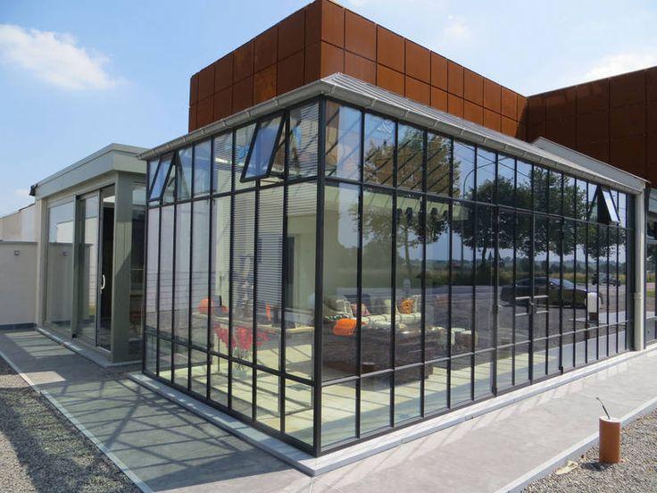 v randa sur terrasse sur lev e. Black Bedroom Furniture Sets. Home Design Ideas