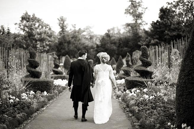 Wedding photography, black and white - gorgeous gardens...