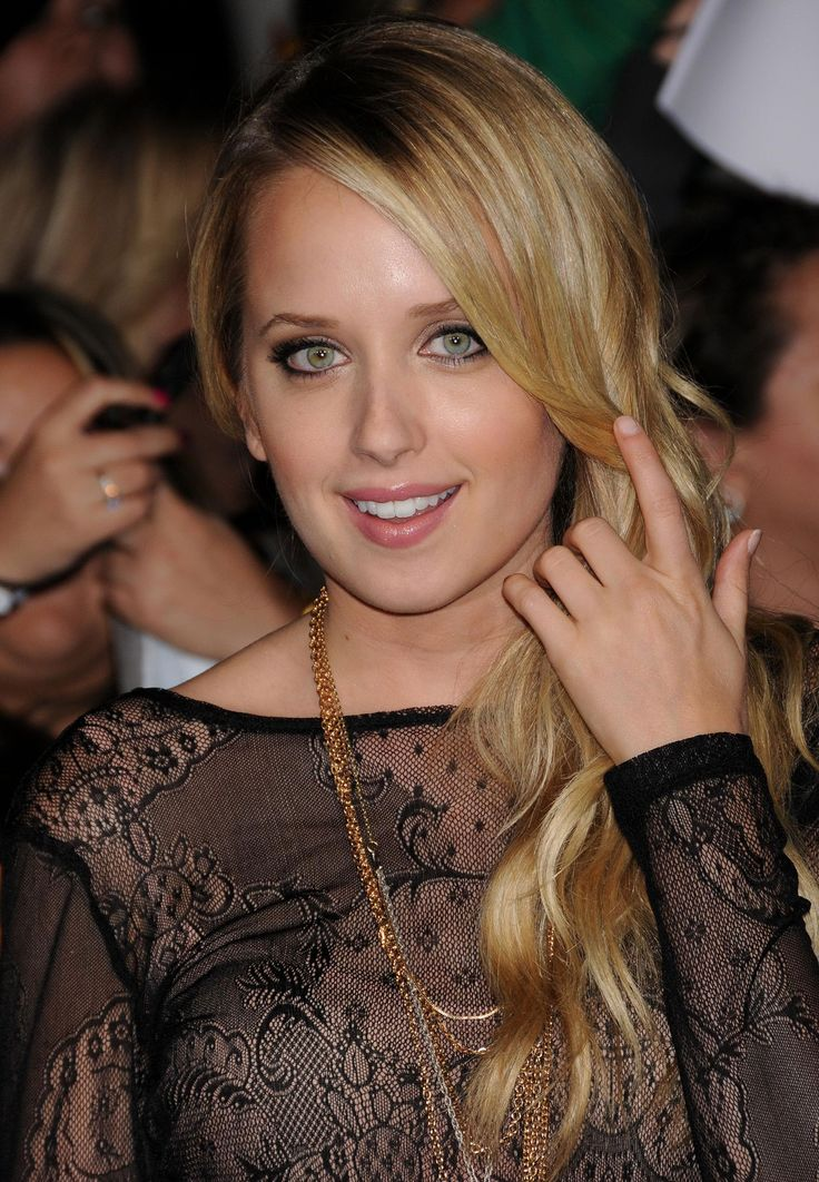 Megan Park (born July 24, 1986) is a Canadian actress and singer. Description from celebritypixx.info. I searched for this on bing.com/images