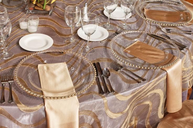 классический, роскошный, сервировка столов, мебель,обстановка, ресторан