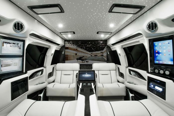 2017 Cadillac Escalade is the featured model. The 2017 Cadillac Escalade SKY Captain image is added in car pictures category by the author on Jun 28, 2016.