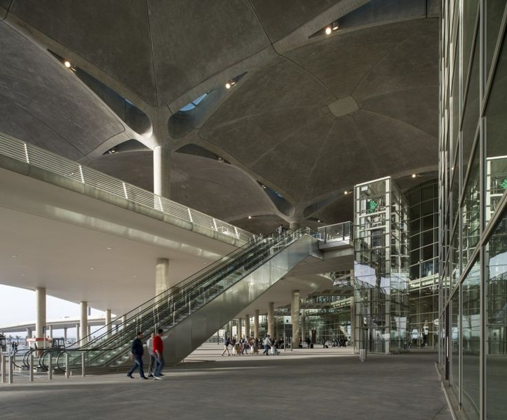 Queen Alia International Airport / Foster + Partners