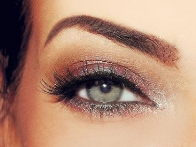 7 Make up Tricks for a Picture Perfect Face     How to be picture perfect without having to pay big bucks for professional make up? Well, its actually quite simple and, believe me, once  http://media-cache5.pinterest.com/upload/8514686765584881_cEBXD5EI_f.jpg hestie hair styles and make up: Eye Makeup, Makeup Tricks, Eye Shadows, Hair Makeup, Eyeshadows, Eyemakeup, Eye Make Up, Green Eye, Make Up Tricks