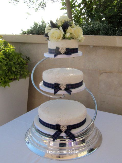 MODERN PRIDE OF SCOTLAND WEDDING CAKE Three Tier Cake Decorated With Hand Piped Lace Copied