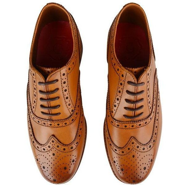 GRENSON Stanley Brogue Shoes (895 BRL) ❤ liked on Polyvore featuring shoes, oxfords, balmoral oxfords, brogue oxford, real leather shoes, perforated oxfords and genuine leather shoes