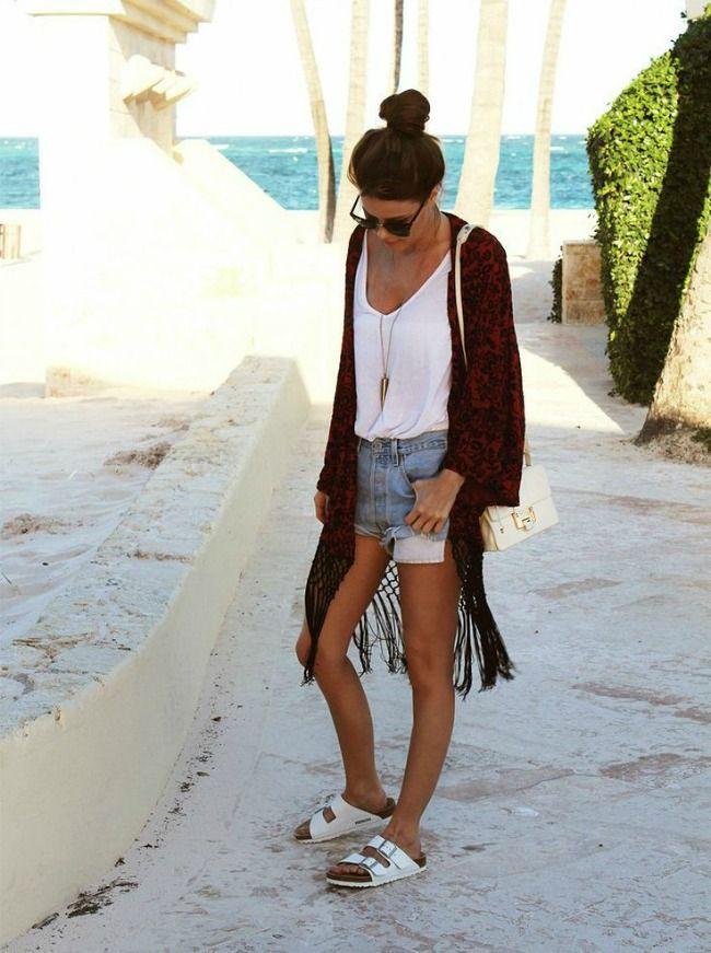 Ir calzado como un turista es lo que se lleva esta primavera | Amparo Fochs