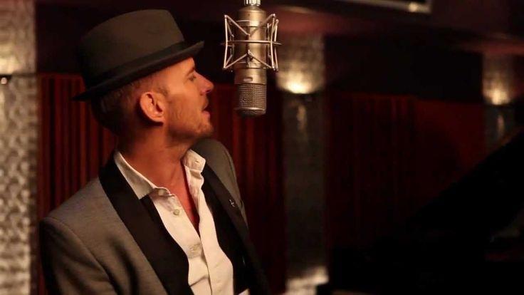 My latest music crush!! Found he sings a Las Vegas song.... Matt Goss - Lovely Las Vegas ( HD ) @daracooper @ljbbailey GETTING EXCITED!!!!