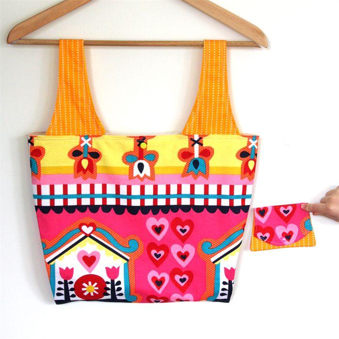 Heartfelt Fundraiser - Medium Market Carry Bag & bonus snap purse.