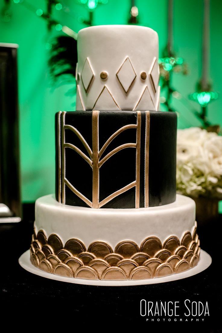 Art Deco Wedding Invitations at MEET Las Vegas | http://www.paperandhome.com/art-deco-wedding-invitations-at-meet-las-vegas/