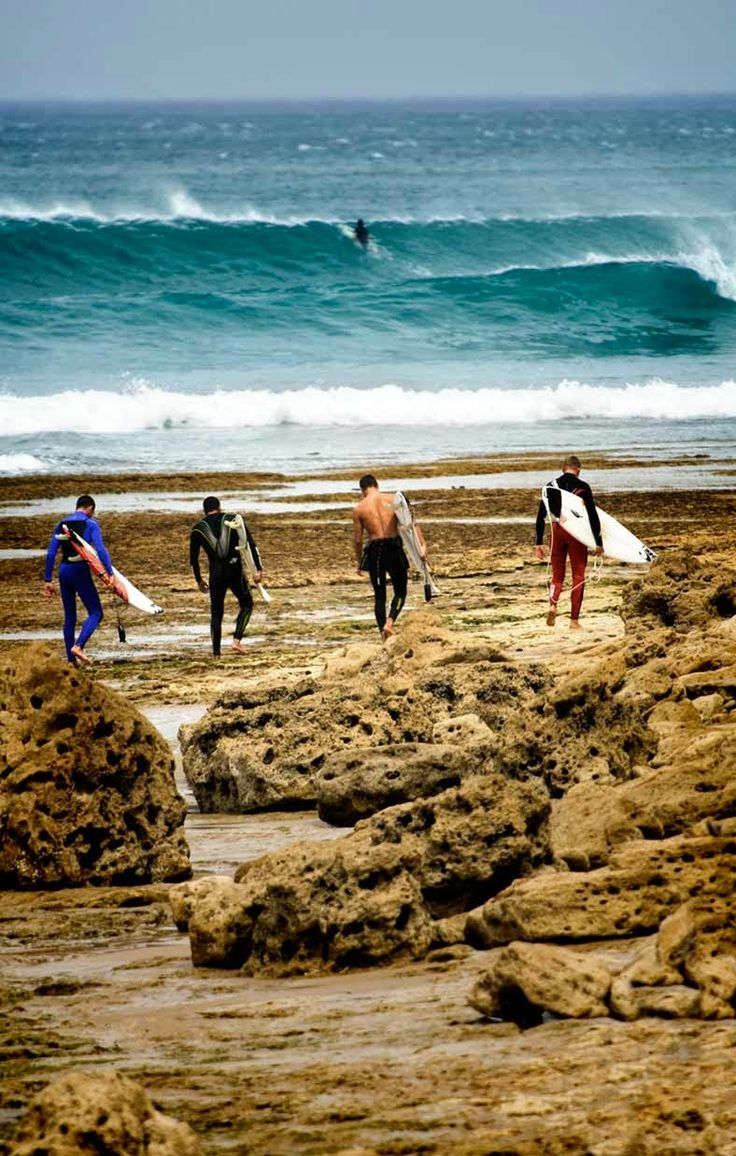 The boys are ready to catch some #summer #surf this afternoon down at Bells Beach in Victoria, Australia.