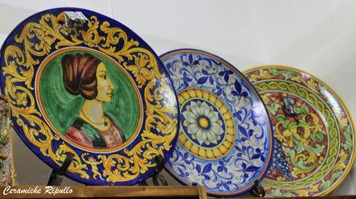 Piatti Ornamentali in ceramica Ceramiche Ripullo