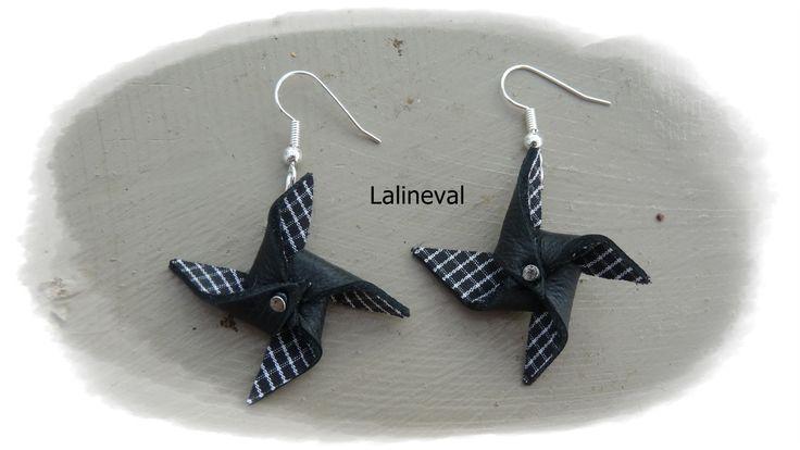 Boucles d'oreilles moulin à vent en cuir et tissu noir