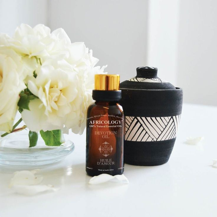 To add on to your unique love rituals this month of love Africology's blended Devotional oil and handcrafted massage candle set will definitely heighten your senses and define your own experiences.  #Africology #essentialoils #massage #spa #experience #devotionaloil #handcrafted #body #africologyloverituals #natural #product