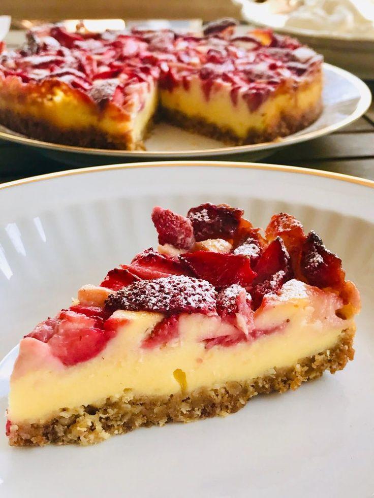 Zuckerfreier Vanille Cheesecake mit Erdbeeren