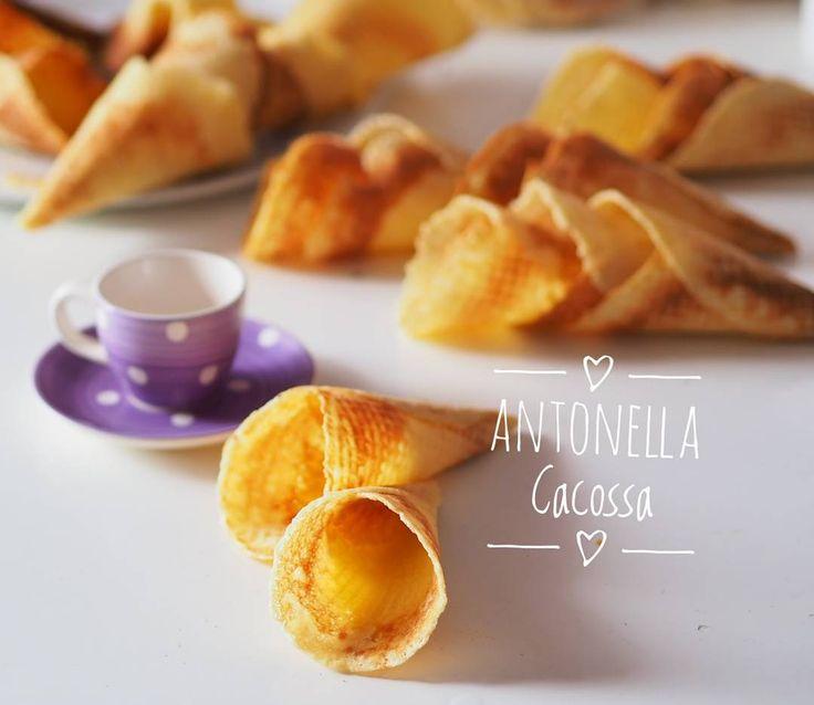 Cono gelato con cialdiera Ricetta sul mio blog http://ift.tt/2oyWQZ5 #conogelato #gelato #cono #cialda
