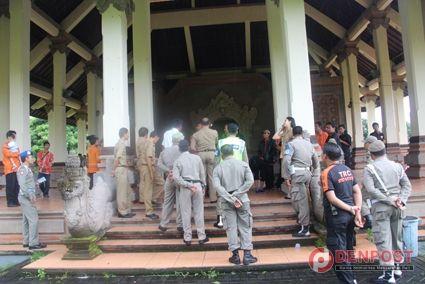 Rencana Seminar Gafatar Dibubarkan di Badung - http://denpost.imediamu.com/2015/01/29/rencana-seminar-gafatar-dibubarkan-di-badung/