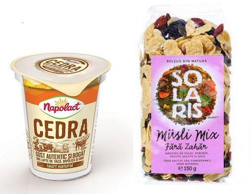 Mic dejun: iaurt Cedra si Musli mix Solaris