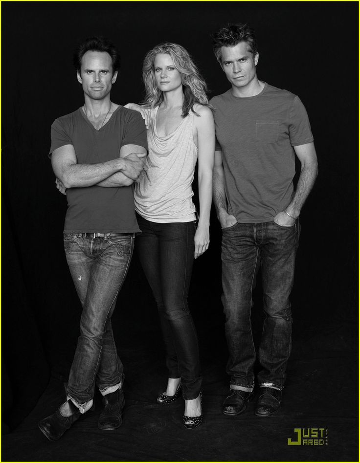 These gorgeous people from Justified be killing me. :) Boyd, Ava, and Raylan.