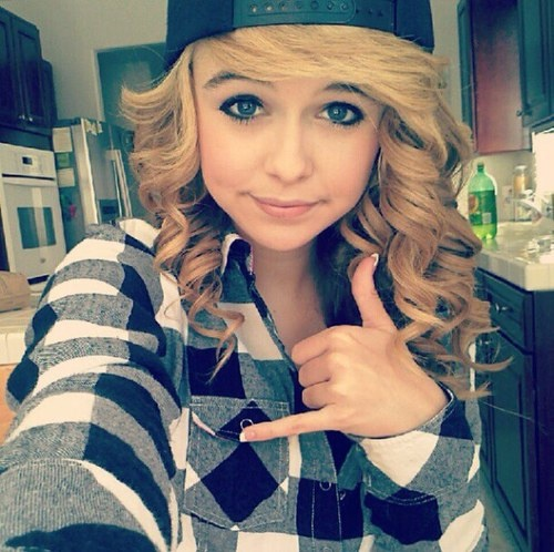Acacia clark I love her! | hairstyles | Pinterest | Curly ...