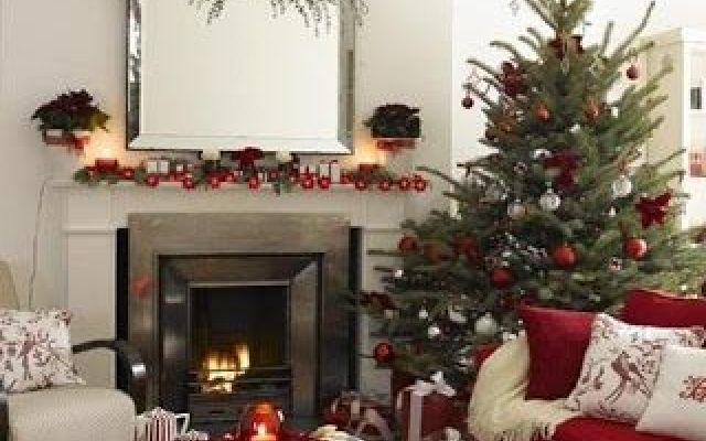 Riduci lo stress del periodo di Natale con questi 5 consigli di decorazione feng shui Sei anche tu tra quelle persone che si sentono più tristi e stressate durante le vacanze natalizie? Se la risposta è Sì, allora prova ad applicare i nostri consigli feng shui per la decorazione della #decorazioninatalizie #fengshui