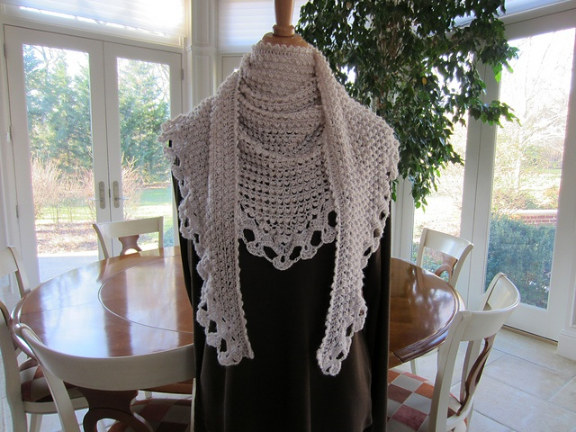 Ravelry: Assisi pattern by Julie Blagojevich~$4.00: Assisi Patterns