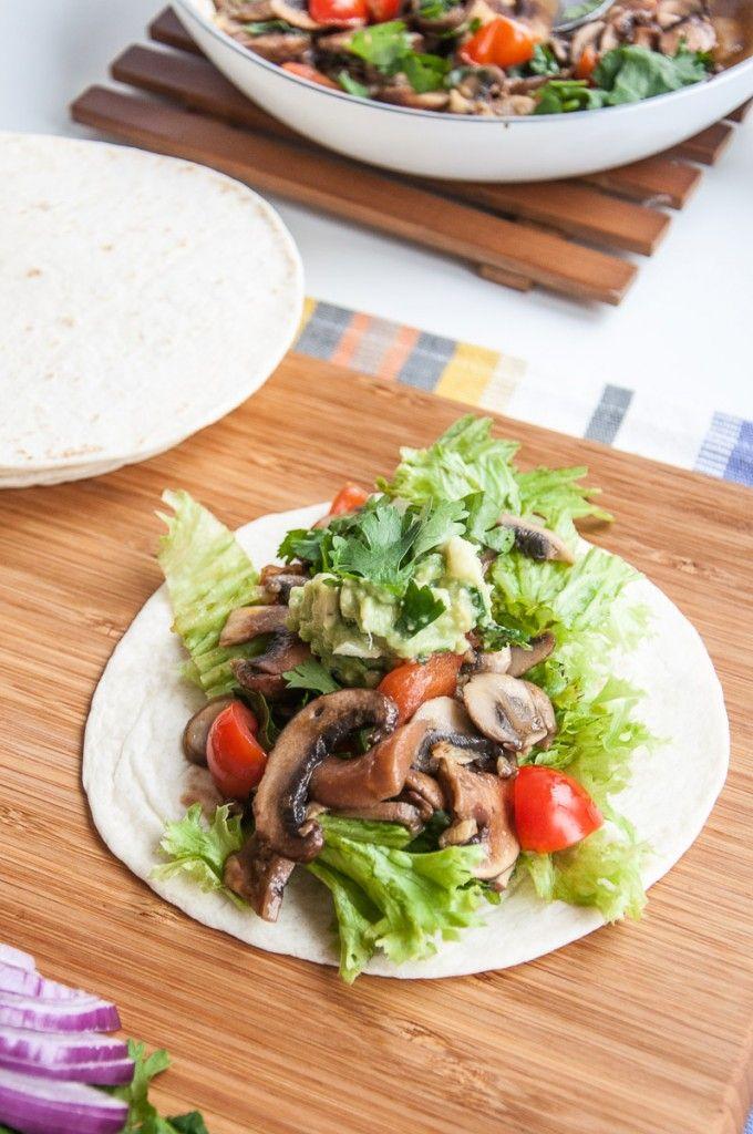 Healthy n' Vegan Mushroom Tacos   VeganFamilyRecipes.com  #fast #dinner #entree #fall #easy #taco recipe #gluten-free