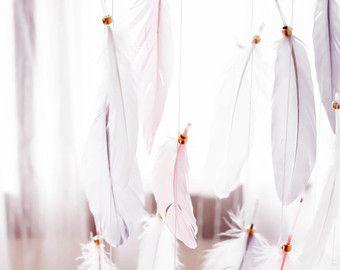 Perzik en witte veer Mobile  gouden Boho Boheemse door TheDreamBarn