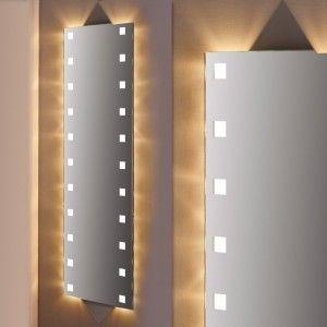 Perfect Lichtspiegel nach Ma Laugo im begehbaren Kleiderschrank