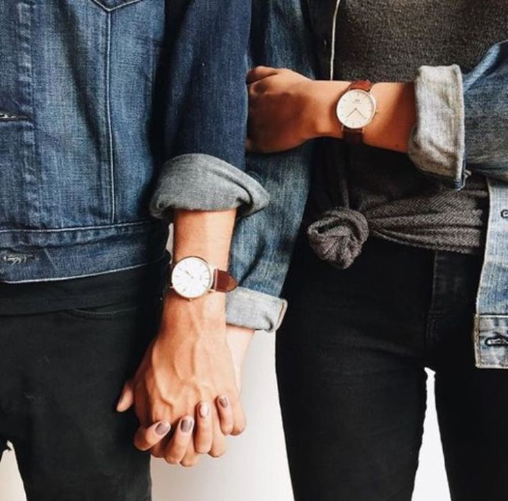 Classic men and women's daniel wellington. Click through and use the code Seekingmabel for 15% off!!