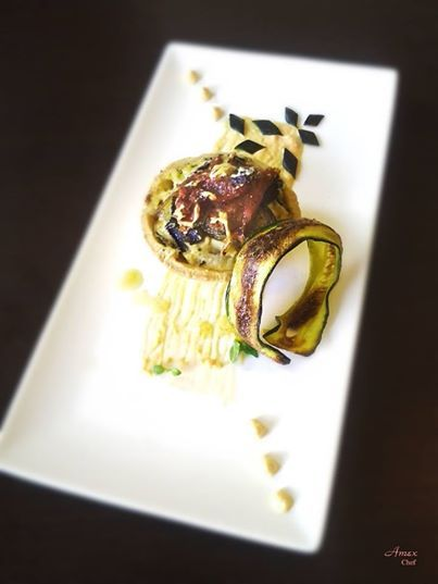Tortino di pasta frolla salata con ricotta cipolle, zucchine, melanzane, crudo di Parma e parmgiano. - Ciasto kruche z cebulą, ser ricotta, cukinia, bakłażan, szynką parmeńską i parmgiano.  Chiedi la ricetta! zapytać o przepis! ask for the recipe! info@del-italy.com www.del-italy.com