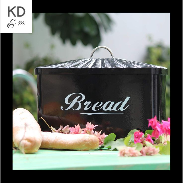 BLACK BREAD BOX This sleek sturdy powder coated black Bread Bin is the perfect storage solution for bread, buns, baguettes and bagels alike! The lid has a comfortable handle to lift and has a beautiful wavy effect. Perfect for any kind of kitchen - Contemporary & Traditional.                                                                                                                                               More stuff at…