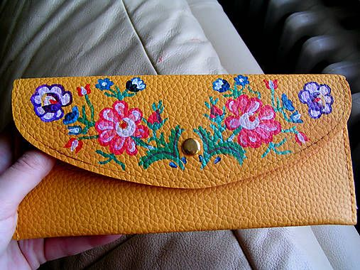 emulikart / Handpainted purse