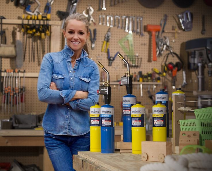 HGTV's Nicole Curtis Has the 1 Piece of Advice Every Woman Needs to Hear