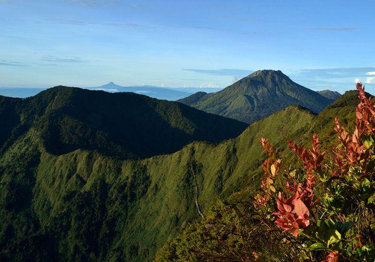 Mount Apo : Davao, Philippines
