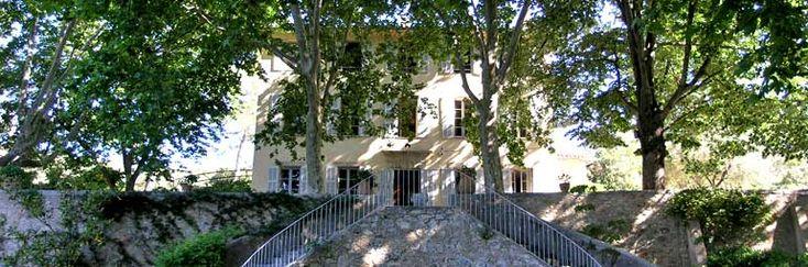 Le chateau de la location de vacances Château des Aspras à Correns ,Var - photo 1891 Crédits Maison en Provence (TM) / Le propriétaire
