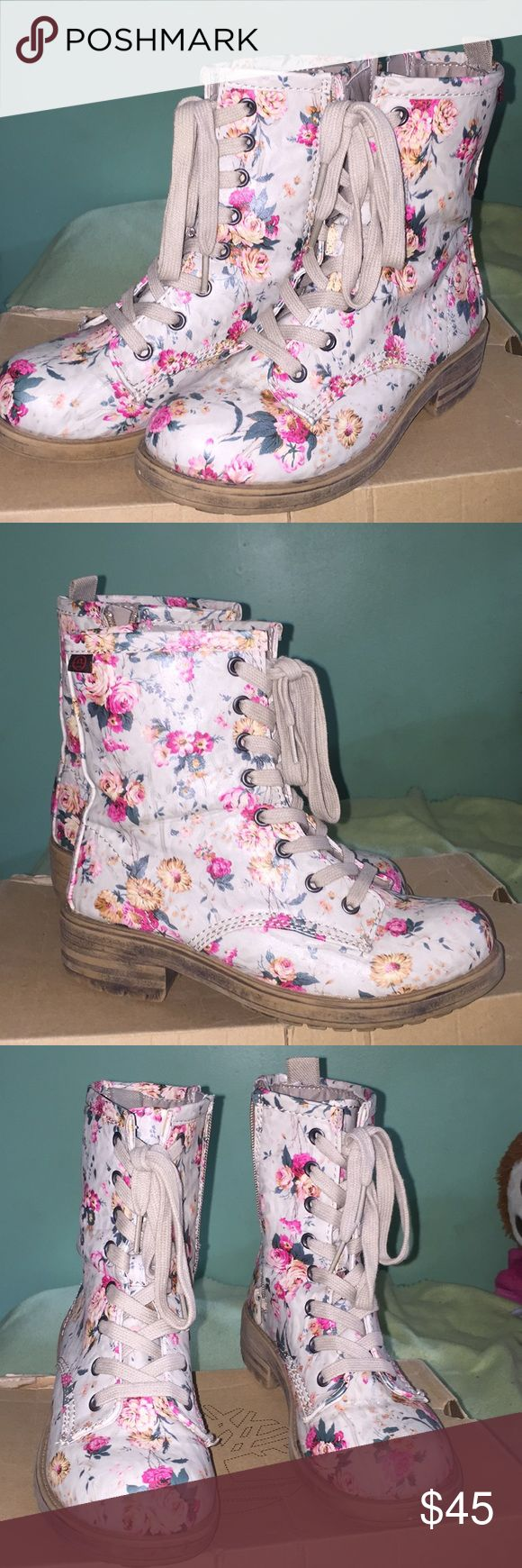 Floral Boots Perfect condition. Big Buddha Shoes