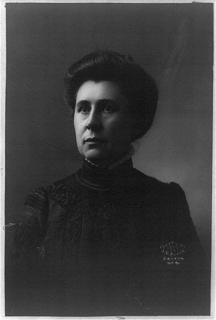 Ida Tarbell pioneered investigative reporting.