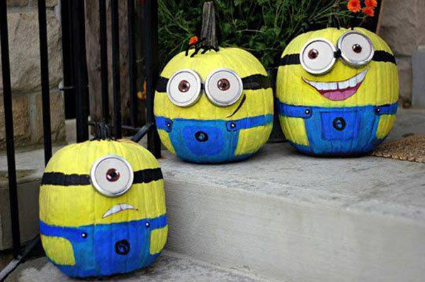 Minion Pumpkins @caroline k. k. Tison.... we have to do this or Monsters Inc ones for Audrey!!!