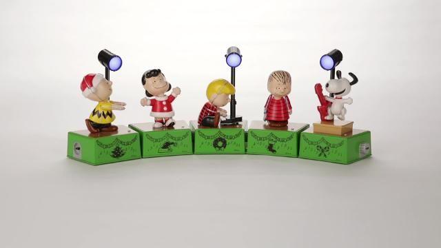 Peanuts Dance Party Collectors Set