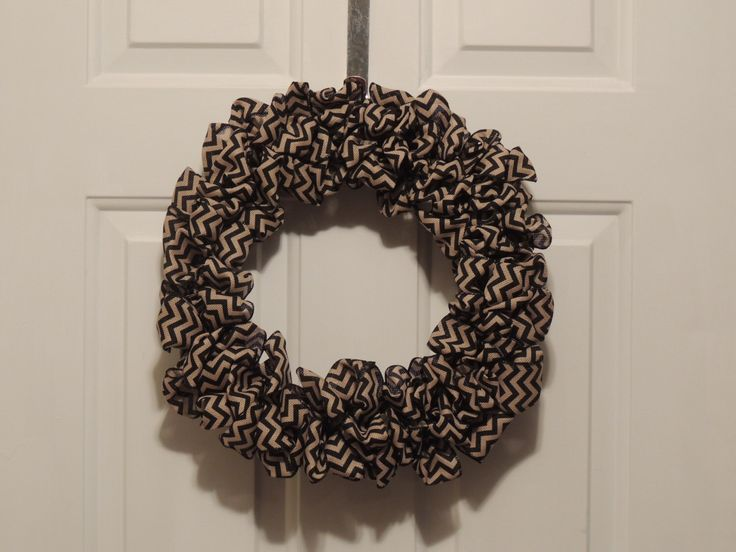https://www.etsy.com/listing/166022106/chevron-burlap-wreathcountry
