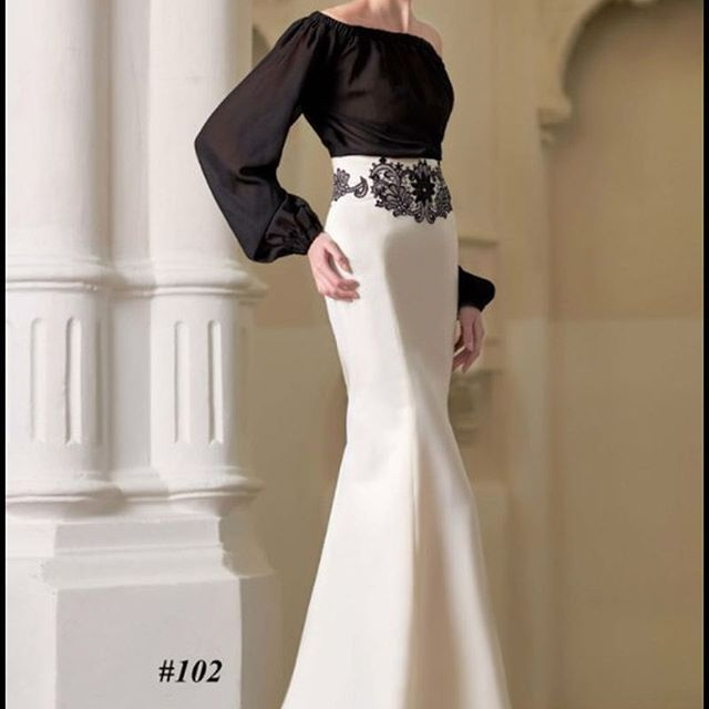 """💥Все коллекции Вы можете увидеть в наличие в салоне по адресу: 💥г. Гродно, ул. Молодежная 1 Свадебные платья """"Merri"""", свадьба в Гродно💥 💥Запись на примерку: +375297891133 +375293955497💥  #merrigrodno #weddinggrodno #grodno #merri #instagrodno #grodnolive #belarus #свадьбавгродно #beautiful #like #nice #платье #свадьбагродно #wedding_grodno_merri #wedding #weddings #weddingday #weddingdress #weddingphotography #instagramanet #instatag #weddingphotographer #eveningdress #prom #выпускной…"""