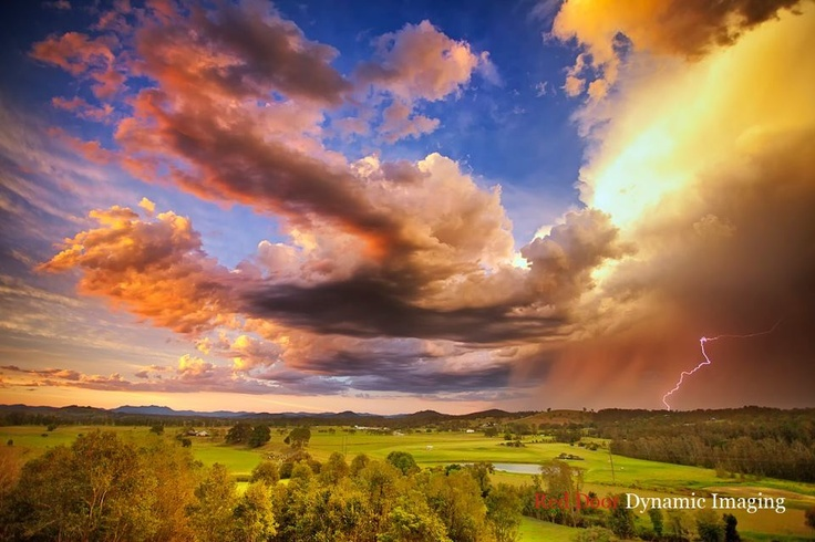 Red Door Dynamic Imaging The Mighty Manning Valley! NSW Australia!