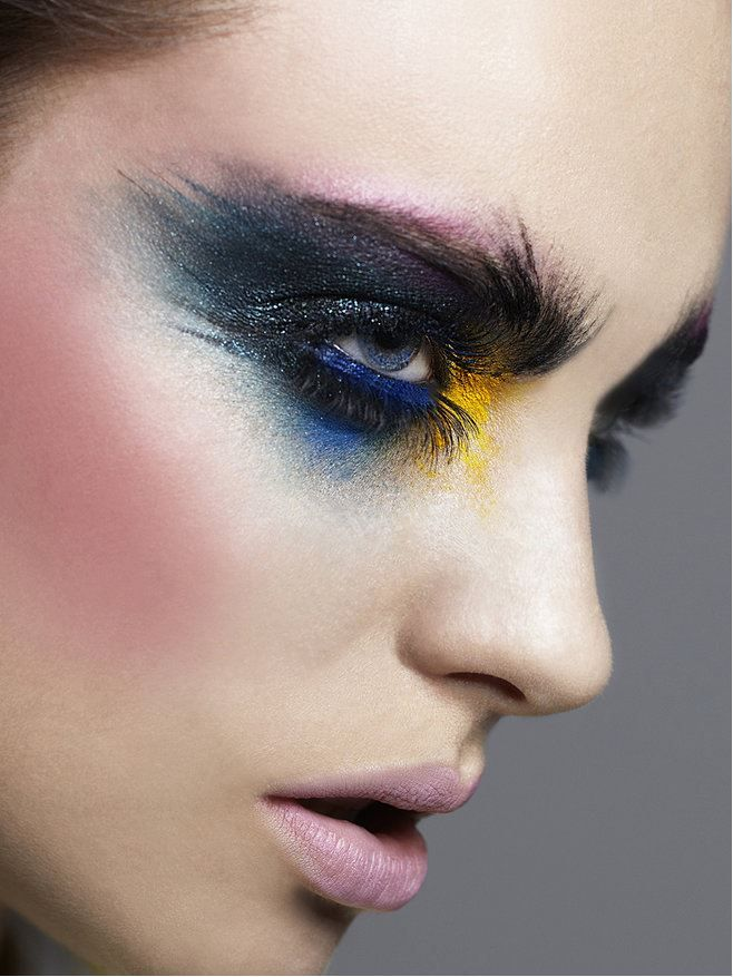 Carlos Palma | Hair & Makeup Artist​ | Check out his beautiful work on gorgeous Wix site